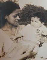 kavita kaushik childhood photos with here mother