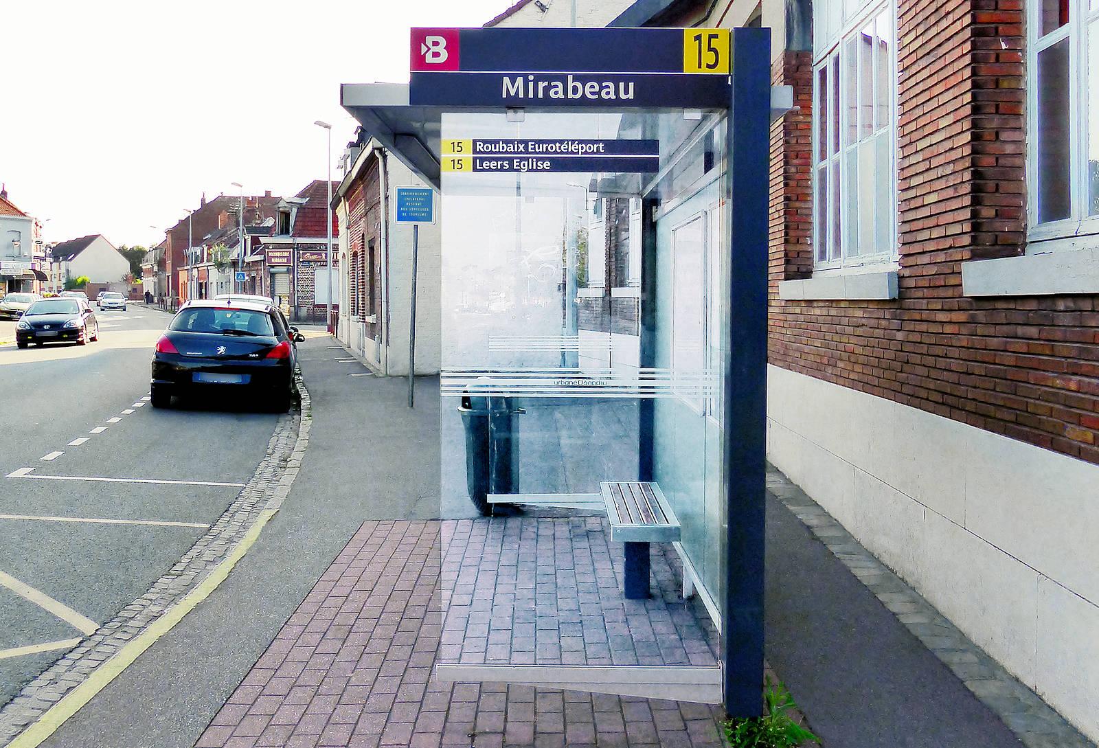 Tourcoing - Arrêt Bus Mirabeau, ligne 15.