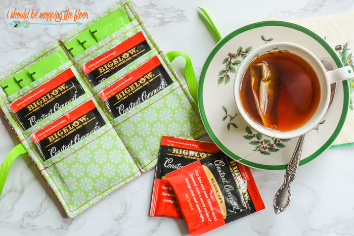 "Travel Tea Bag Caddy | Sew this sweet little ""tea wallet"" to take your tea bags along every where you go."