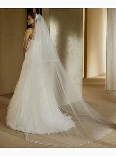 Vestido de Novia con un Hombro, Drapeado Diagonal y Falda con Volantes Verticales