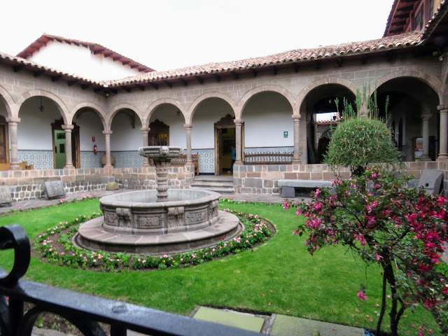 Things to do in Cusco in 3 days on your own: fountain and courtyard at the Archbishop's Arte Museum