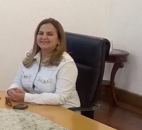 Prefeita de Lago da Pedra é condenada a perda de mandato