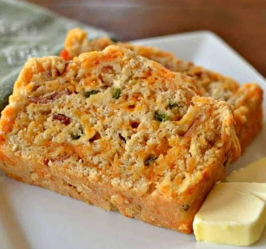 BACON JALAPENO CHEDDAR BEER BREAD #dinner #lunch