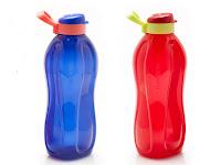 Eco Bottle Tupperware 2L (2) Merah dan Biru