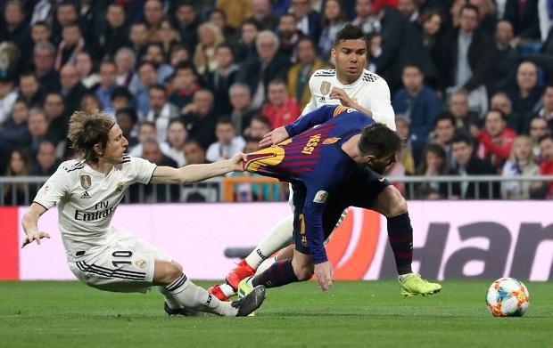 Vidéo - Coupe du Roi: le FC Barcelone humilie le Real Madrid à Santiago-Bernabéu