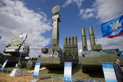 Sistem Rudal Hanud S-300VM Antey-2500 Rusia