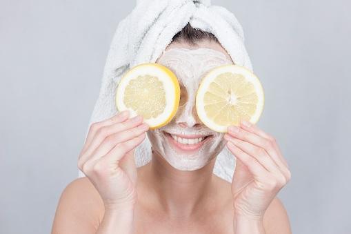 Manfaat Masker Lemon Untuk Kecantikan Yang Tak Terduga
