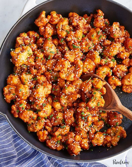 Korean-Style Popcorn Cauliflower #recipes #vegetable #vegetablerecipes #food #foodporn #healthy #yummy #instafood #foodie #delicious #dinner #breakfast #dessert #lunch #vegan #cake #eatclean #homemade #diet #healthyfood #cleaneating #foodstagram