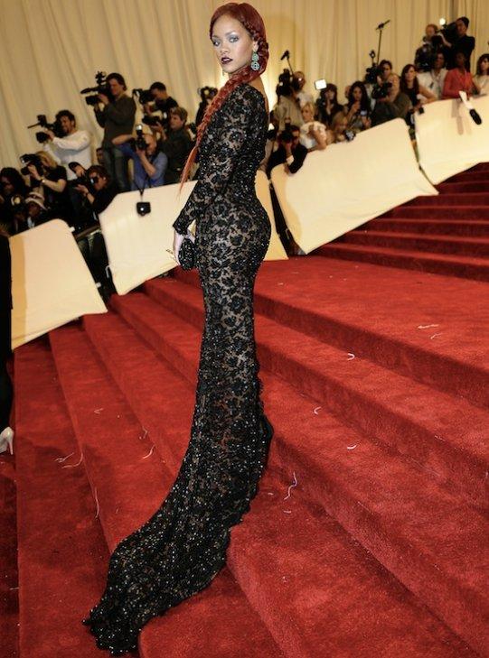 celebrity news: Rihanna: MET BALL 2011