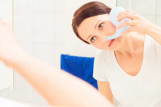 Is a Neti Pot Safe to Cure Sinus Infection? Read the Doctors Advice