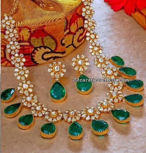 Floral Diamond Set with Emeralds