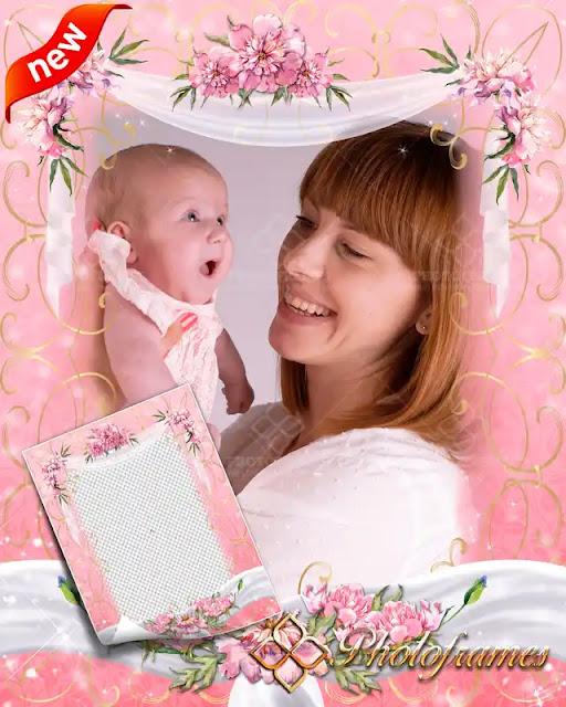 Marco color rosa decorado con flores y listones para colocar fotos del día de las madres y XV años