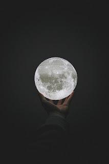 kuu taivaalta