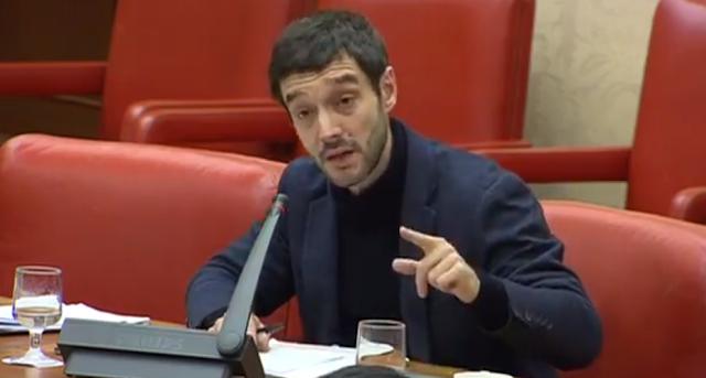 Sesión magistral de Pablo Bustinduy en la sesión de control al Gobierno