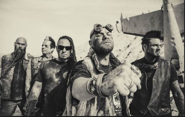 "FIVE FINGER DEATH PUNCH: Δείτε το video του ""Ain't My Last Dance"""
