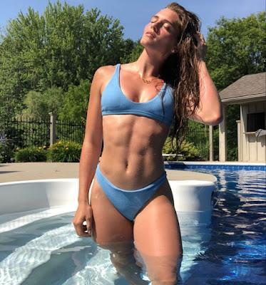 Alysha Newman sexy
