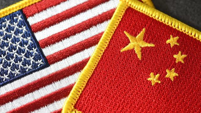 """EE.UU. expulsa en secreto a dos diplomáticos chinos y Pekín insta a Washington a """"arreglar sus errores"""""""