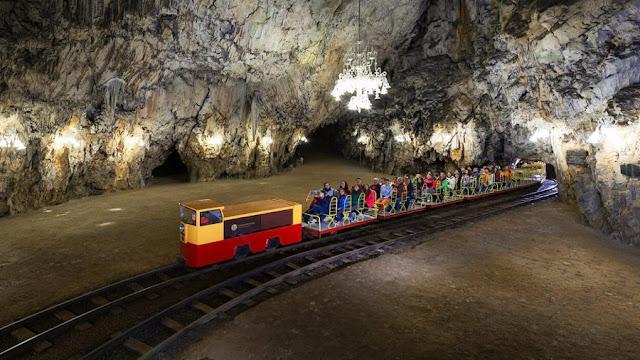 grotte di postumia trenino