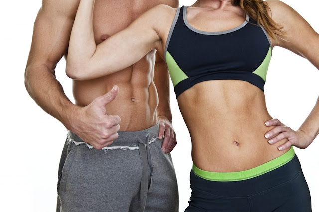 musculation-à-domicile-methode-fitness-poids-du-corps-haltere-homme-femme-fit-sante-corps-mince-muscle