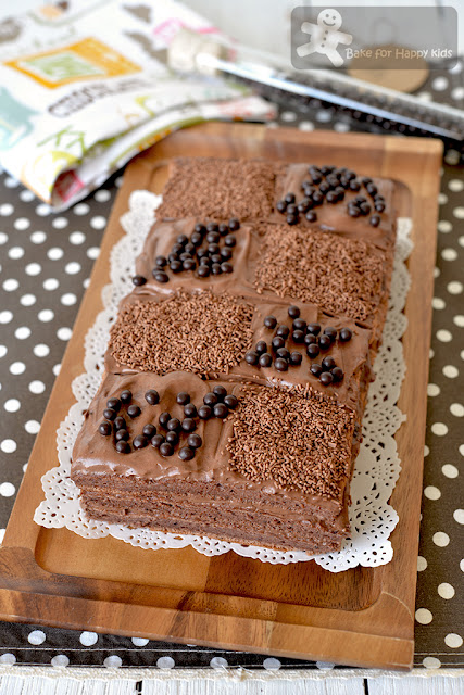 Triple-Layer Chocolate Chiffon Cake Light Cocoa Cream Frosting