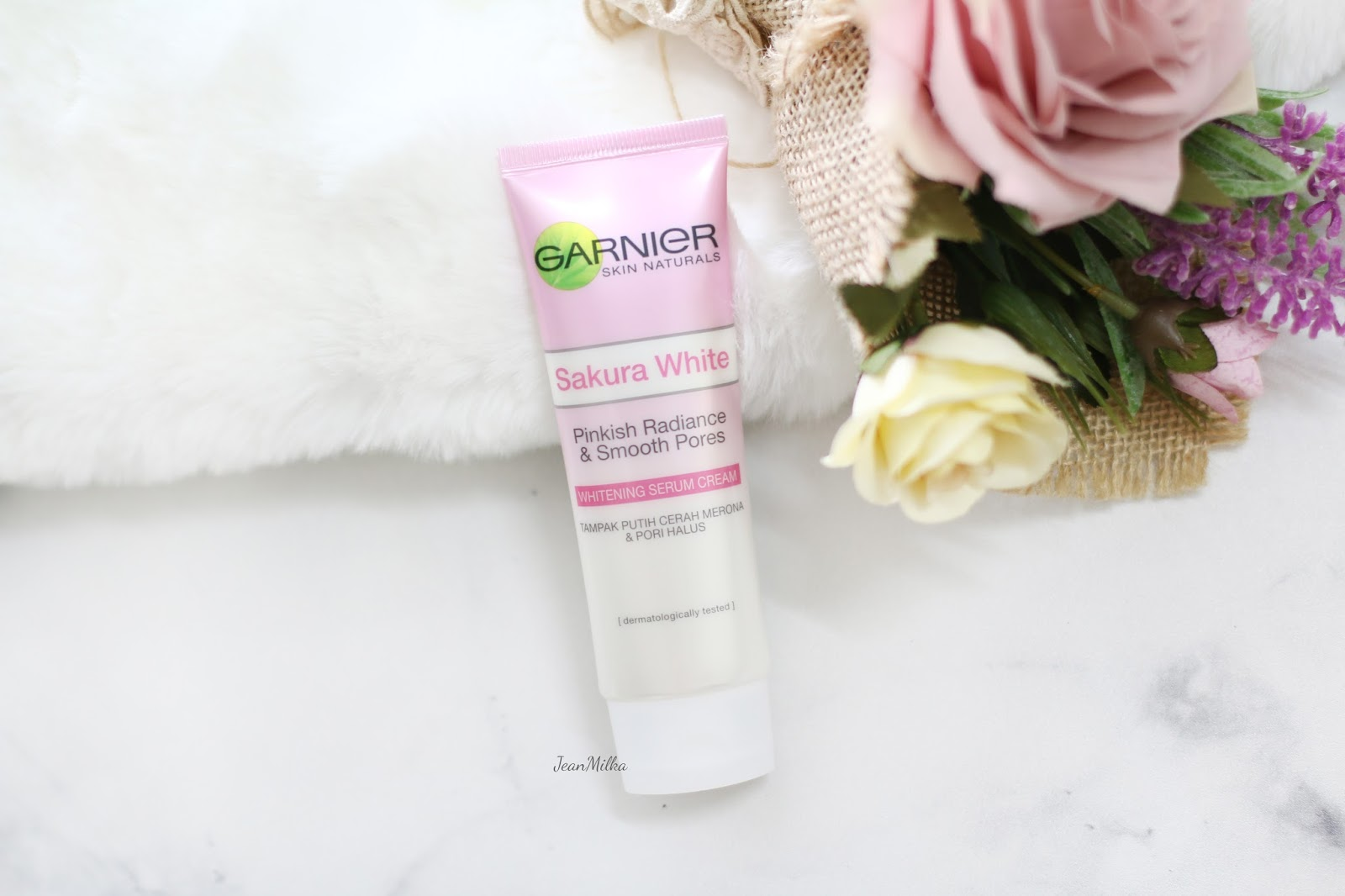 skincare, garnier, garnier sakura white, sakura white, garnier skincare, skincare indonesia, review, product review, skincare indonesia, indonesia