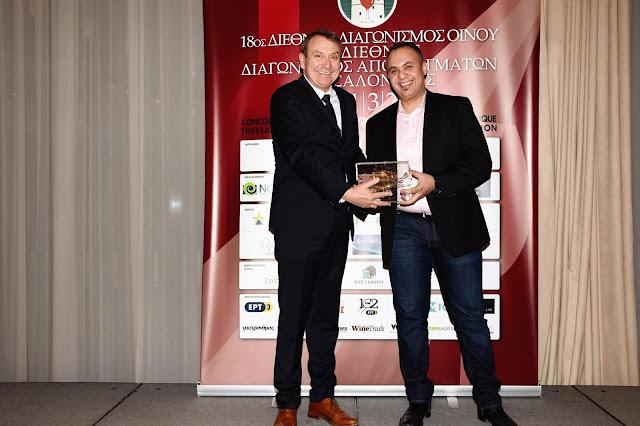 """Ο Συνδέσμος Ελληνικού Οίνου απένειμε στον φιλέλληνα Kamal Kouiri το βραβείο """"Greek Wine Industry Award 2018"""""""