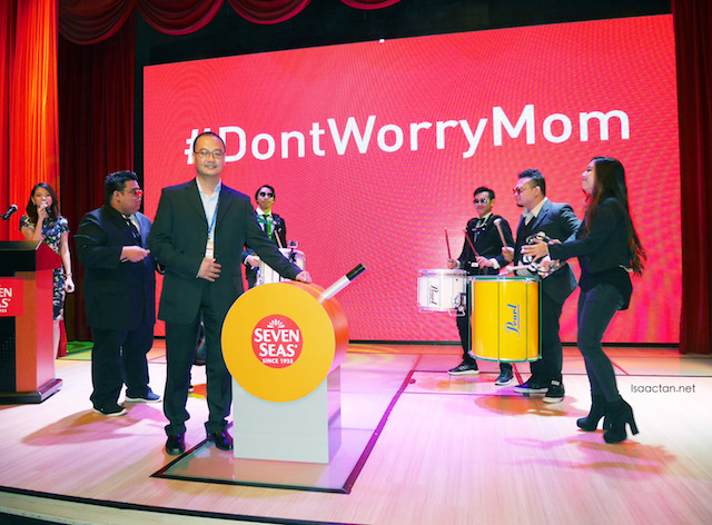 Richard Lee, General Manager of Merck Consumer Health division launching Seven Seas #DontWorryMom Campaign