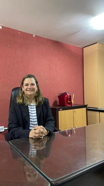 Beth inicia trabalho como presidente da Câmara de Escada