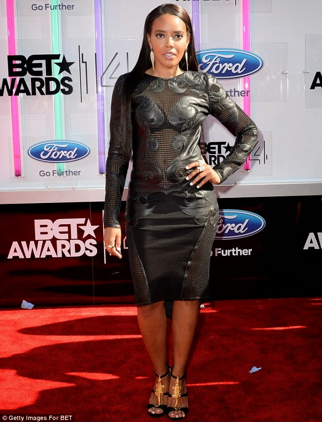 article 2674348 1F41246E00000578 529 634x830 Red Carpet photos from 2014 BET Awards + Full List of Winners