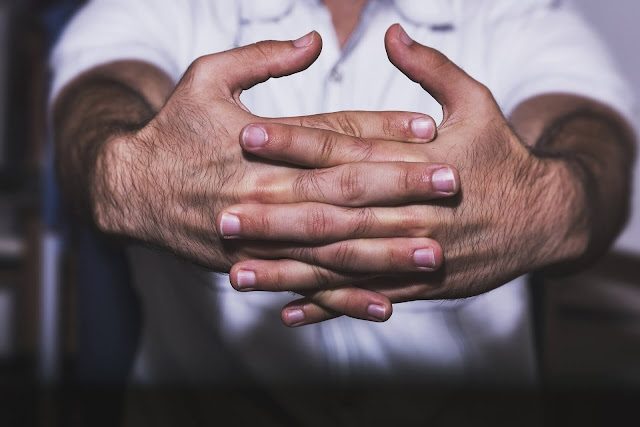 What happens when we crack fingers?, what happens when we break our knuckles?