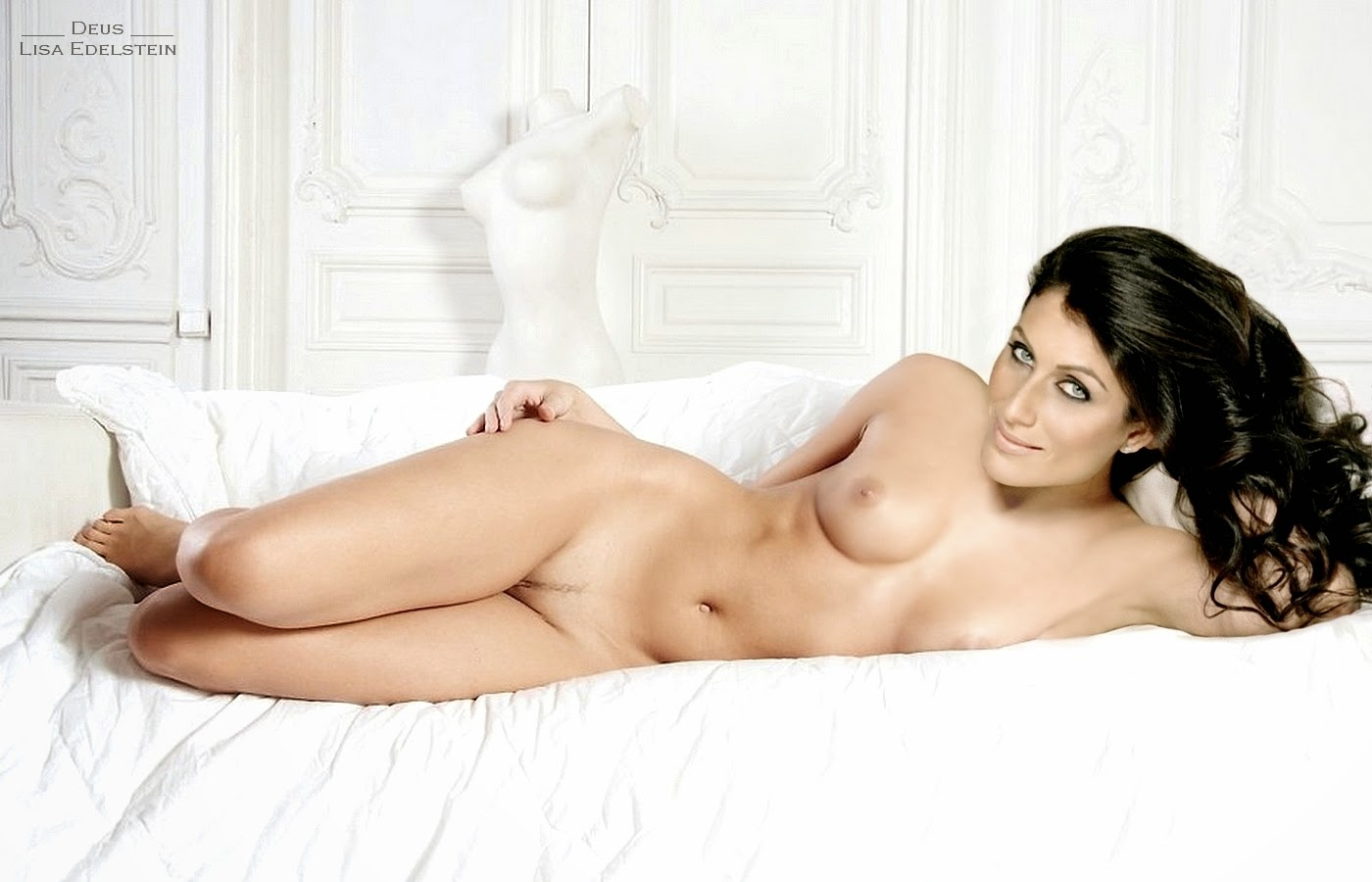 The most beautiful young girl in the world naked