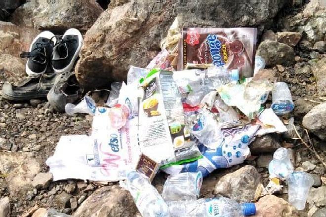 Pengunjung Keluhkan Sampah di Wisata Air Terjun Baruttungge