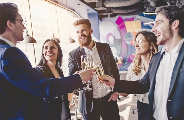 how to host the perfect business event marketing