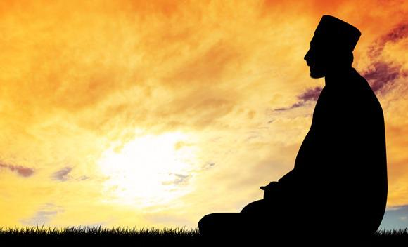 Banyak orang yang belum tahu apa manfaat yang akan mereka rasakan kalau rajin Shalat Dhuha Bacaan, Do'a dan Hukum Shalat Dhuha