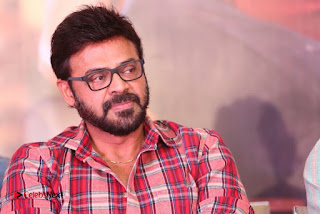 Babu Bangaram Success Meet  0111.jpg