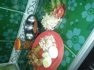 Jajanan Soto Ayam Malang