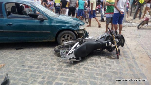 Mulher e criança ficam feridas em acidente em Santa Cruz do Capibaribe