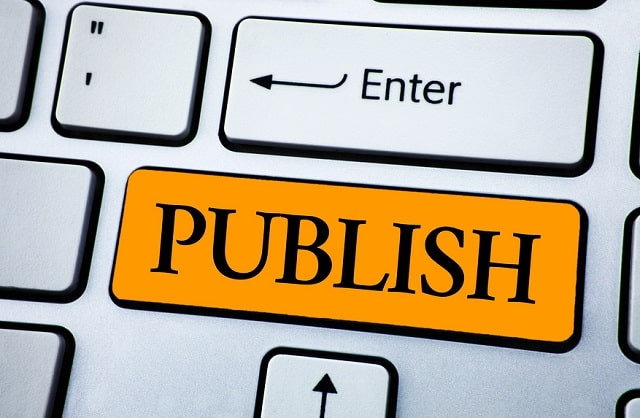 should you self publish your book vs traditional publisher