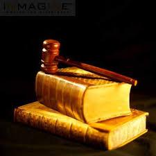 Crônica de quem não vê, mas enxerga muito além...: Para que serve as leis?