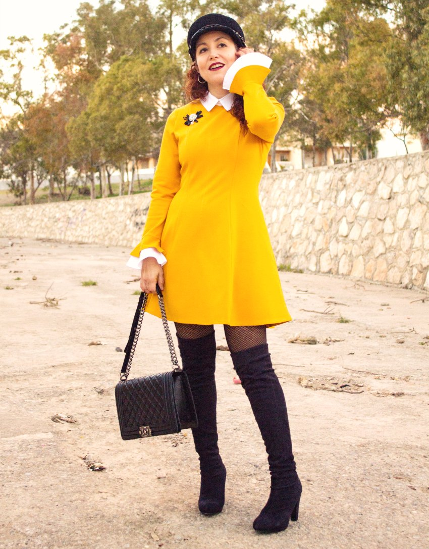 melange_boutique_fashion_blog_de_moda_vestido_baby_doll_amarillo_dresslily_gorra_negra_blso_chanel_boy_botas_xl_1