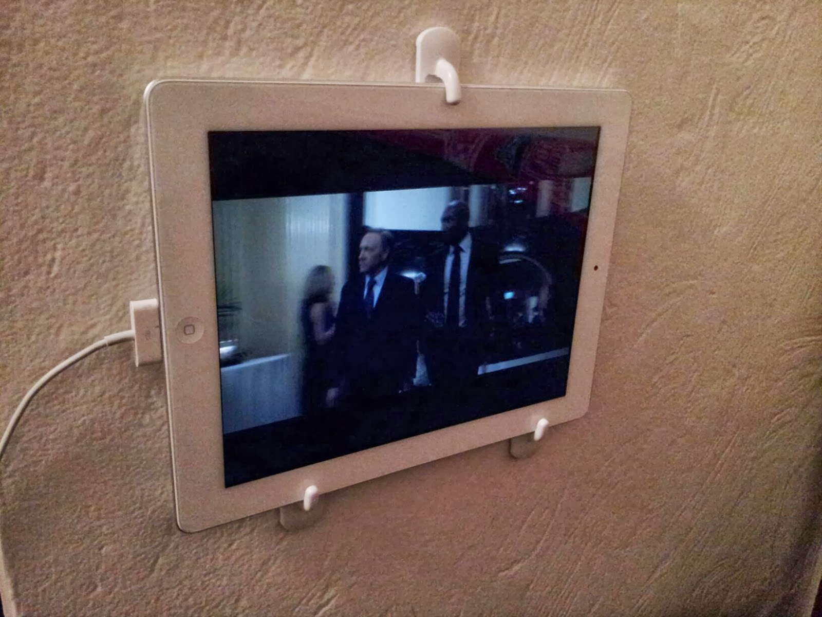 Life Pro Tips Diy Tablet Wall Mount
