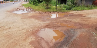 वार्ड नं. 34 पम्प हाउस कॉलोनी, चंदनगाँव की सड़के बनी हादसों की शिकार