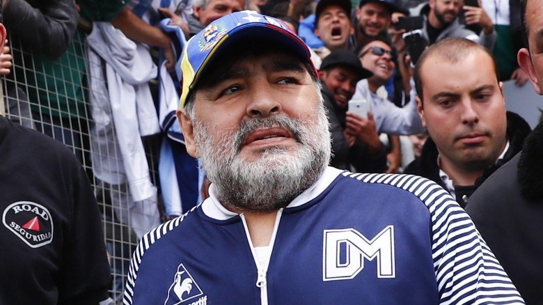 Comienzan a peritar el teléfono del chofer asignado a Maradona que estuvo el día de la muerte