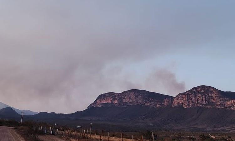 Incêndio atinge áreas do Parque Nacional da Chapada Diamantina