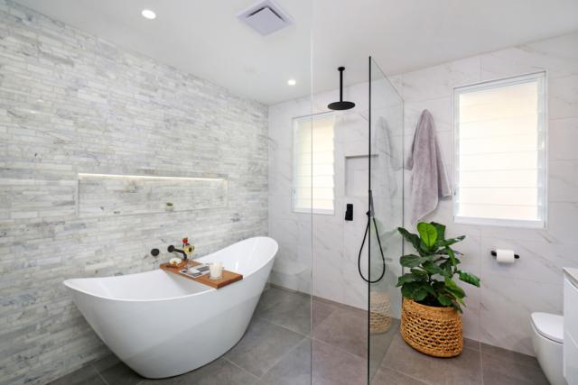 Mẹo vệ sinh phòng tắm sạch sâu sáng bóng