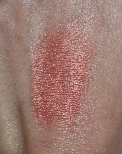 Tom Ford 01 Love Lust Cheek Colour Swatch