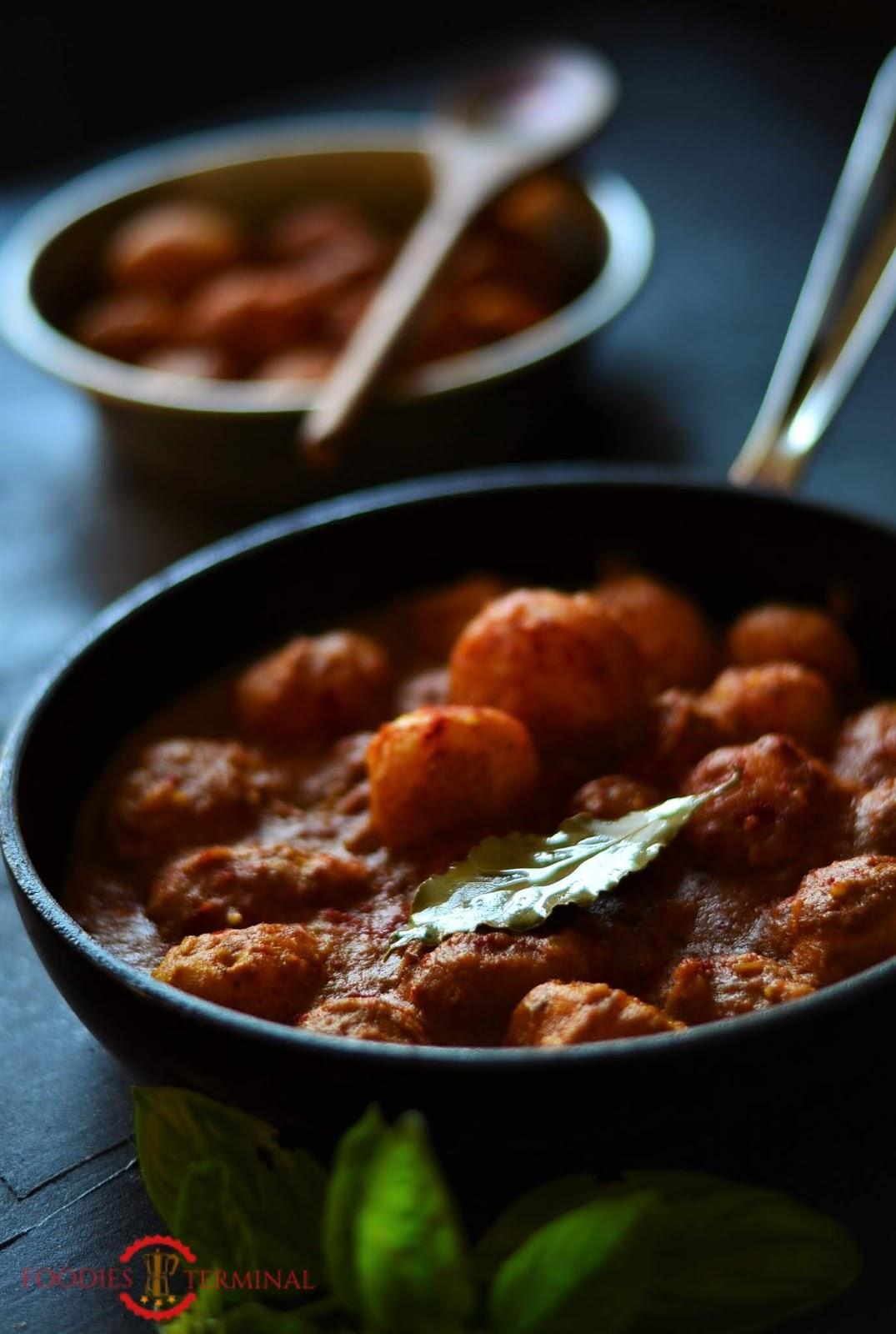 Niremishi Aloor dom, niremishi alur dom, bengali aloor dom, Alu Dum recipe, Dum alu recipe, Indian Alu dum recipe, badami aloo dum recipe, no onion no garlic recipe, fasting recipe, no onion no garlic alu recipe, alu sabzi recipe, aloo sabzi recipe, baby potatoes recipe, vegan baby potatoes recipe, vegan recipes, bengali recipes, bengali vegetarian recipe, indian begetarian recipe, vegetarian recipe, festival recipe, navratri recipe, navratri fasting recipe