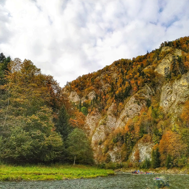 Atrakcje w Pieninach, spływ ze Sromowców łodzią flisacką