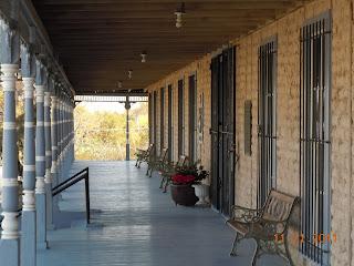 annie riggs hotel porch