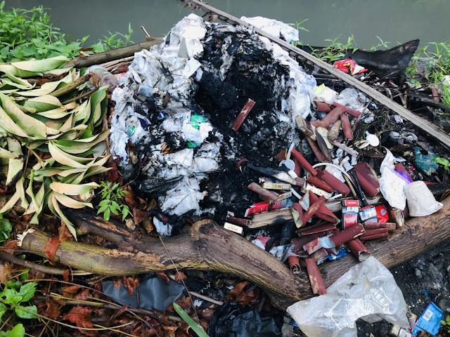 jangan-membakar-sampah-demi-bumi-tetap-hijau